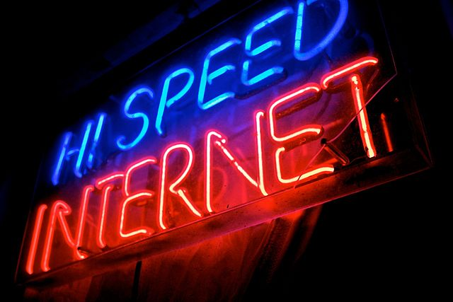 Sanders Pushing for Universal High-Speed Internet
