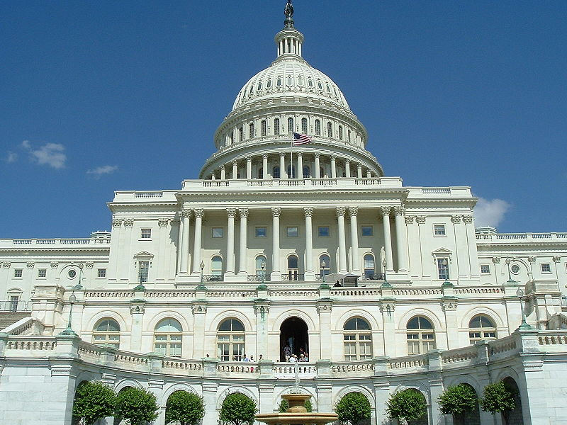 Bill to Stop Student Loan Rate Increases Passes Congress