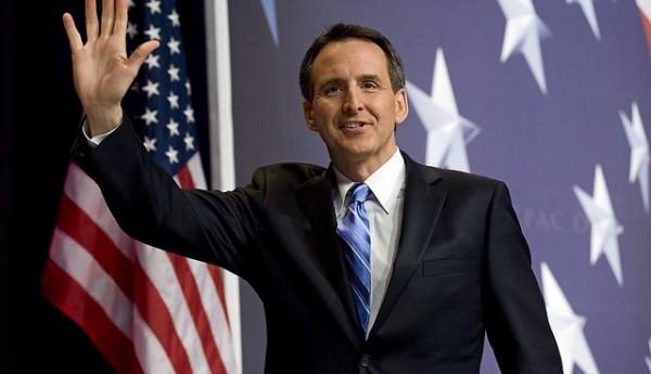 Pledge-Breaker Pawlenty Elicits Mixed Feelings Among Conservatives