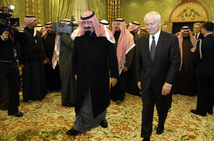 King Abdullah bin Abdulaziz al Saud with US Secretary of Defense Robert M. Gates