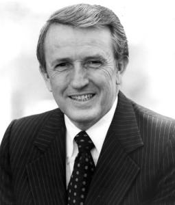 Official United States Senate portrait of Dale Bumpers, U.S. Senator from Arkansas, 1975-1999.